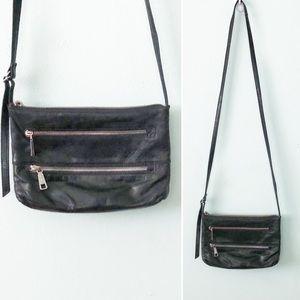 HOBO International Cross Body Purse Leather Black